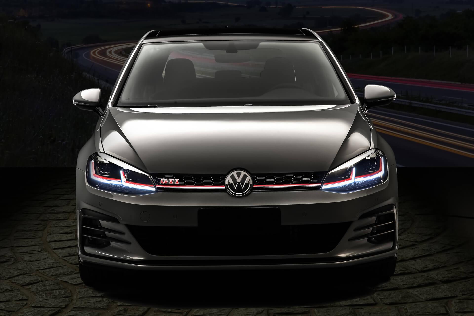 Volkswagen-Golf-GTI-15.jpg