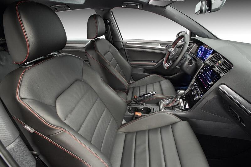 Volkswagen-Golf-GTI-24.jpg