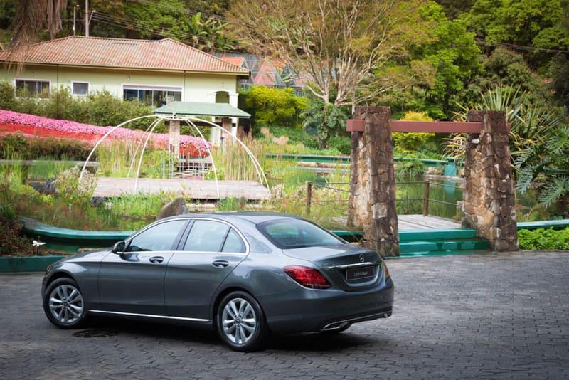 Mercedes lança novo Classe C200 com preço partindo de R 187 (21)