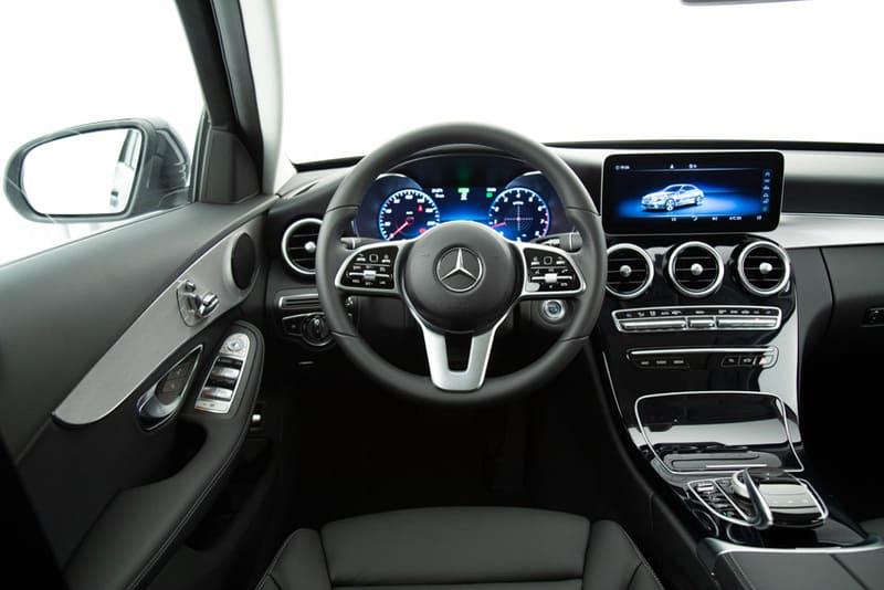 Mercedes lança novo Classe C200 com preço partindo de R 187 (6)