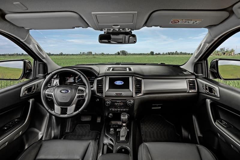 Ranger Limited interior (1)